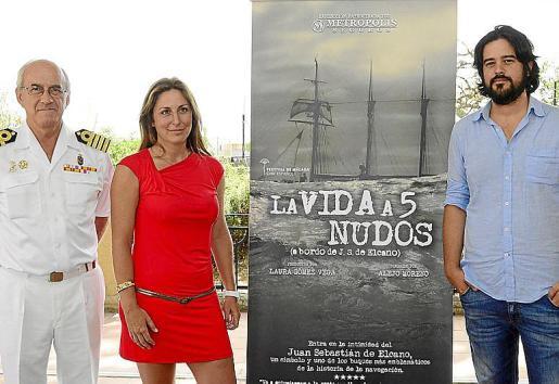 Roberto Ortiz, Laura Gómez y Alejo Moreno durante la presentación.