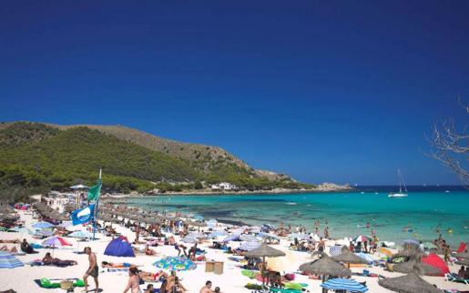 Con el fin de mejorar la experiencia de los usuarios de las playas se incrementa la seguridad y el cuidado medioambiental.