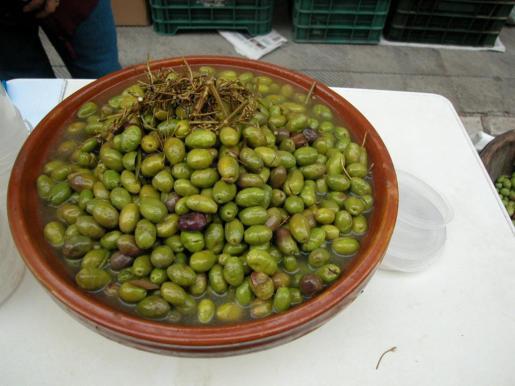 La aceituna verde partida es una de las variedades de Mallorca.