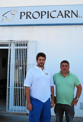Toni Lluís Gili y Eduardo Pons son el copropietario y el encargado de Propicarn SL, respectivamente.