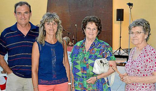 Antoni Pol, Maria Ramis, Francisca Coll y Joana Morey.