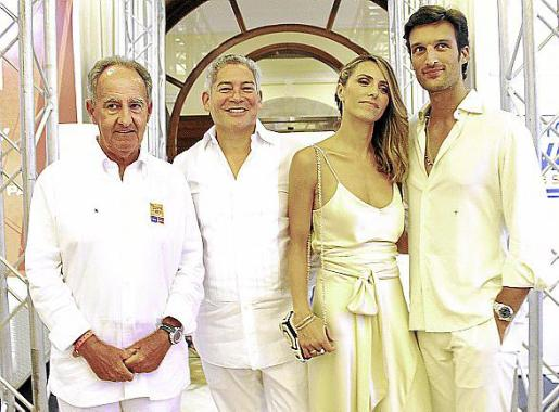 Javier Sanz, Boris Izaguirre, Laura Vecino y Rafa Medina.