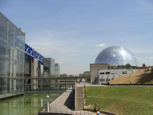 Imagen promocional de la Ciudad de las Ciencias de París.