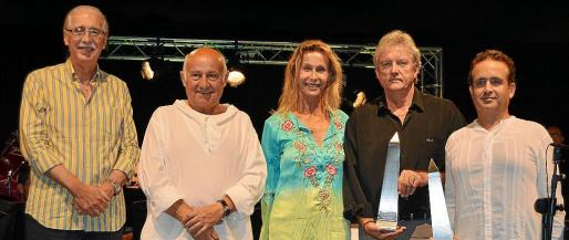 Pere Comas, Joan Riera Ferrari, Loretta Zu Sayn Wittgenstein, Juan Reyes y Eduardo Bernabé.