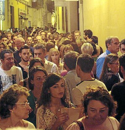 Imagen de una calle de Palma en la Nit de l'Art de 2014.