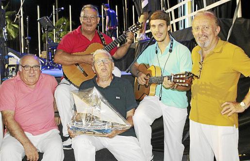 Mariano Portas, Tolo Prats, Josep Matas, líder del grupo 'Ben Trempats' ; Miguel Ángel Prats y Pep Martínez.
