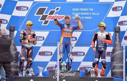 Miguel Oliveira, Enea Bastianini y Niccolo Antonelli, en el podio del Gran Premio de San Marino de Moto3.