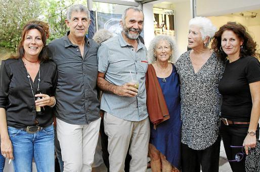 Antonia Mercant, Guillermo Mas, Toni Colom, Natalie Drache, Jackie Waldren y Elisa Cánovas.