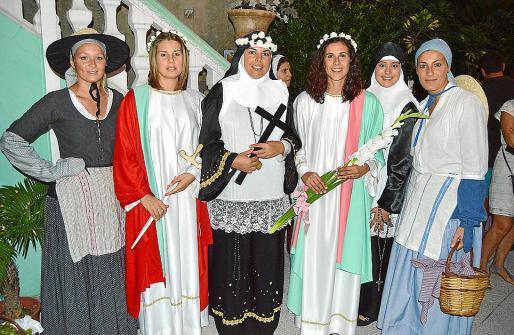 Xisca Muntaner, Maria Pilar Riera, la Beata Major Marta Perelló, Margalida Socías, Marta Reynés y Maria Magdalena Rosselló.