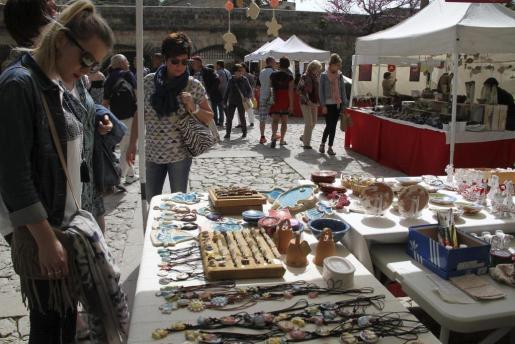 Mercado artesanal de s'Hort del Rei.