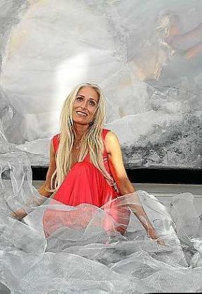 La artista Dorota Bednarek. Foto: TONI ESCOBAR