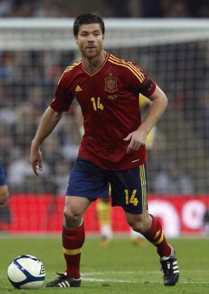 Xabi Alonso, durante un partido con la Selección Española.