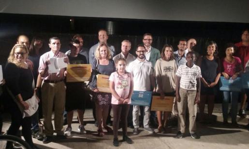 El Parc de la Mar ha acogido esta tarde la entrega de los galardones a los 16 usuarios más frecuentes de la EMT, Bicipalma y el Consorcio de Transportes, que se han entregado en el marco de los actos por la Semana de la Movilidad.