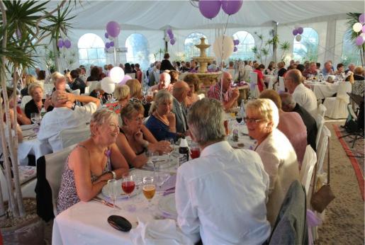 La Asociación Ibiza y Formentera contra el Cáncer quiere recuperar su cena de gala anual.