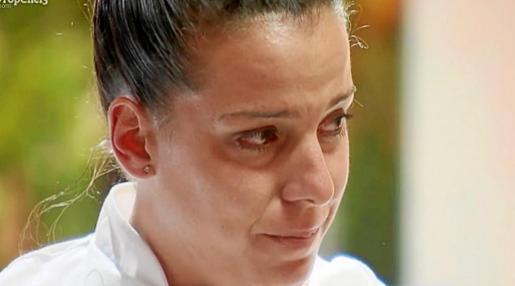 Carlota, claramente afectada tras recibir la noticia de su expulsión del programa.