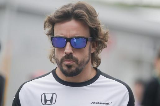 El español Fernando Alonso, momentos antes de comenzar el Gran Premio de Japón.