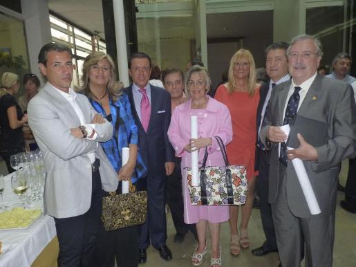 Jorge Sainz de Baranda, Fanny Pol, Jaime Colomar, Antonio Fernández, Marga García, Marta Díez, Joan Font y Lorenzo Ros, que cumplió sus bodas de oro en la profesión.
