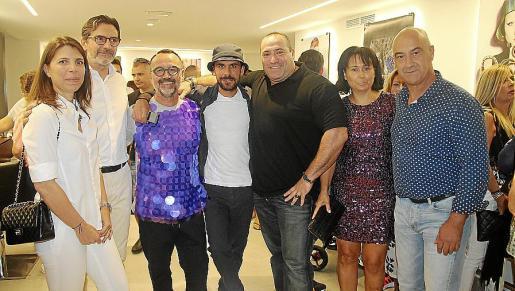 Sofía Olozcoaga, Mario Senna, Juan Jiménez, Amado Orellana, José Antonio Nieto 'Primo', Margarita Serra y Miguel Ángel Mateu.