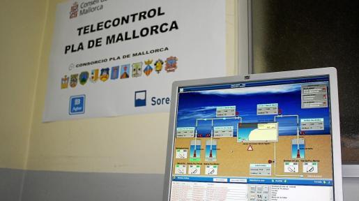 Desde las oficinas de la empresa Abaqua en Montuïri se realiza el control de todos los pozos de agua de la Mancomunitat del Pla.
