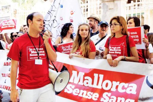 Imagen de una concentración de Mallorca sense sang.