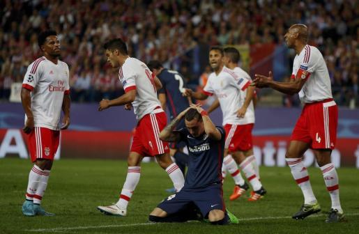 Jose Maria Gimenez durante el encuentro contra el Benfica. Foto: SUSANA VERA