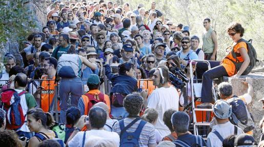 Imagen de la marcha revindicativa organizada por Pro Camins Públics para reivindicar el libre paso por el Camí de Ternelles.