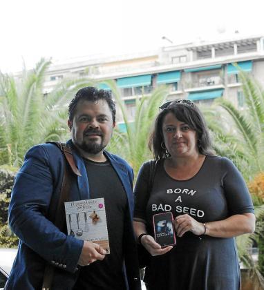 Javier Romero y Mel Caran.