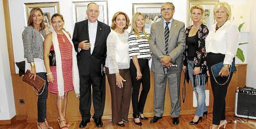 Mireya Becerra, Manuela Corvo, Joan Darder, Lourdes Vaesken, Sandra Horrach, Daniel Samaniego, Aina Aguiló y Carmen Carreras.