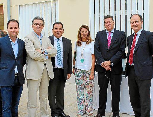 Antonio Almendros, Josete Ibáñez, Omar García, Henar Molinero, Iñigo Parra y Juanjo Ferrando.