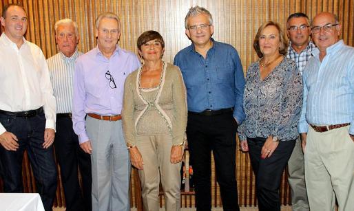 Antonio Clot, Antonio Ros, Bernardo Balaguer, Margarita Oliver, Benjamí Villoslada, Nany Garau, Bernat Cabot y Xisco Salvá.