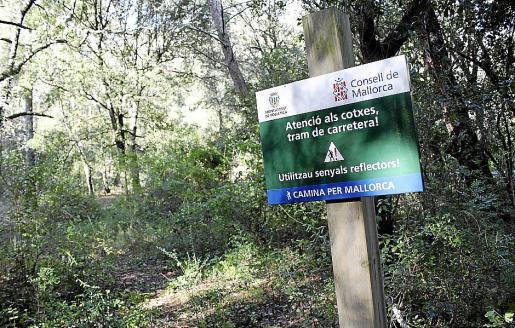 La Ruta de Pedra en Sec pasa 'provisionalmente' desde hace años por la carretera vieja.