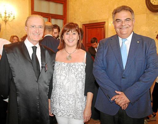 Antoni Terrasa, Francina Armengol y Bartomeu Barceló.