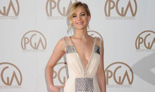 Jennifer Lawrence duante una gala.