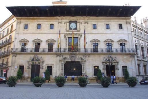La fachada de Cort fue declarada monumento historicoartístico desde 1931.