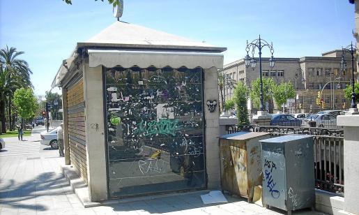 En la imagen se observa uno de los quioscos de cerrados de Palma.
