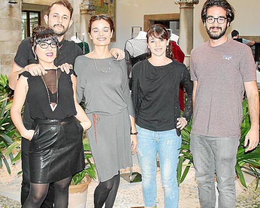 Noemí Socies, Pablo Attfield, Ángela Vallori, Xisca Pons y Miguel A. Alfonso.