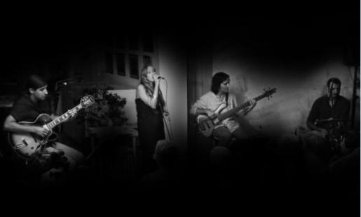 Round Quartet en uno de sus conciertos.