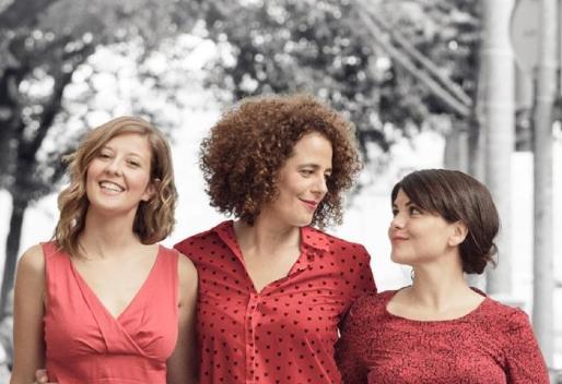 Maria Bauçà, Lluqui Herrero y Agnès Llobet, protagonistas de 'Un matrimoni de Boston'.