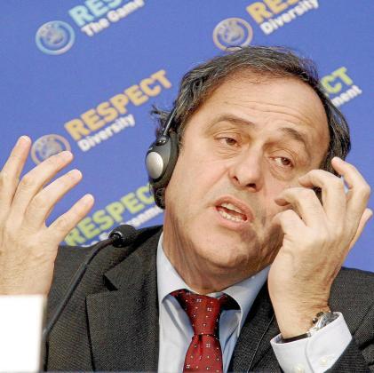 El presidente de la UEFA, Michel Platini, ha vuelto una vez más a reírse del Mallorca.
