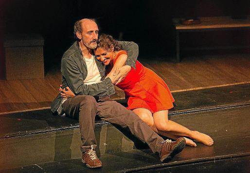 José Luis Gil y Ana Ruiz, durante una de las representaciones de 'Si la cosa funciona'.