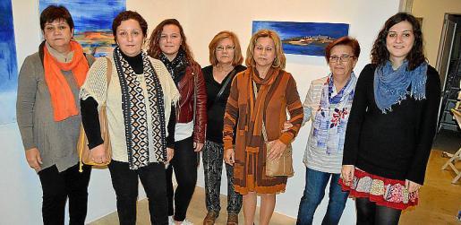 Montse Gili, Maria Llull, Xisca Bover, Catalina Gili, Joana Gili, Francisca Gili y Francisca Cifre.