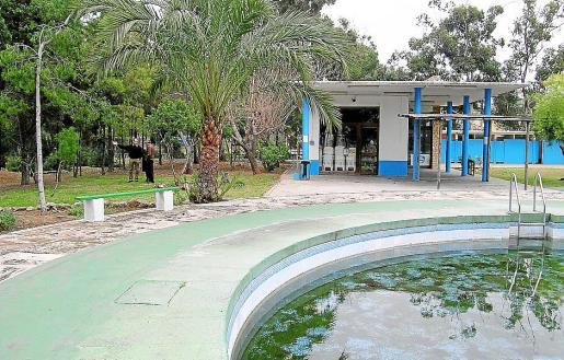 Las antiguas piscinas de Gesa son propiedad de la Autoritat Portuària de Balears.