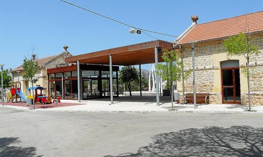La estación de Sant Llorenç acogerá un bar y acontecimientos culturales.