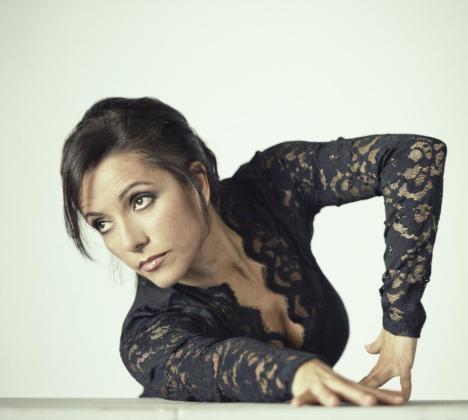Eva Yerbabuena, en una imagen promocional del espectáculo 'Ay'!.