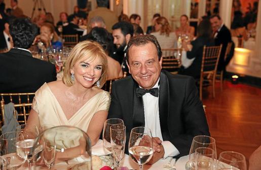 Pedro Horrach y su esposa, Ana Zacher, durante la gala.