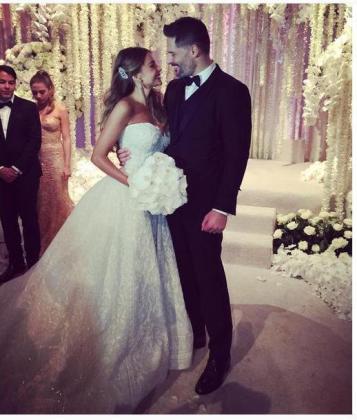 Sofía Vergara y Joe Manganiello, convertidos ya en marido y mujer.