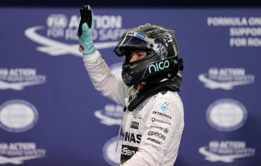 El piloto alemán Nico Rosberg, Tras lograr la 'pole' en el Gran Premio de Abu Dabi..