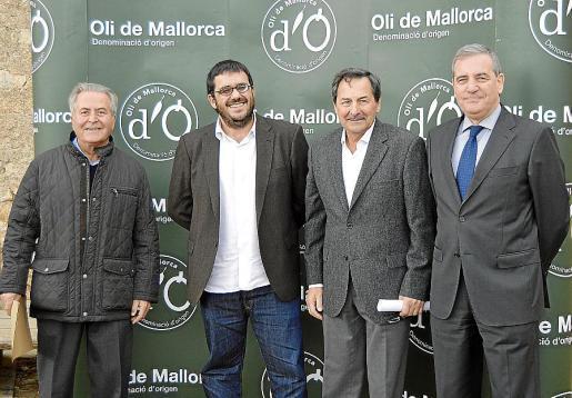 Jaume Orell, Vicenç Vidal, Josep Oliver y Josep Maria Ramis.