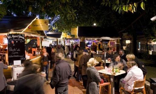 La magia de la Navidad se instala en el Christmas Market de Puerto Portals.