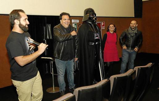 Marcos Cabotá y Toni Bestard charlaron ayer sobre 'I am your father' en CineCiutat.